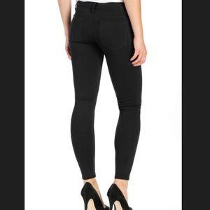 PAIGE Black Legging Jeans Size 24 NWOT ✨💖